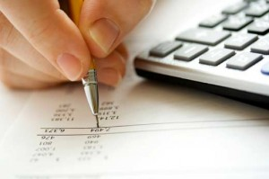 Get an Accomplished Bookkeeper Naples FL to Handle Your Accounts Efficiently