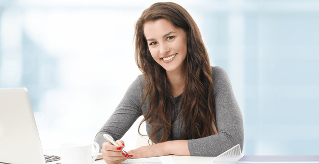 Home - image woman-at-desk-and-computer on https://www.perfectaccountingservice.com